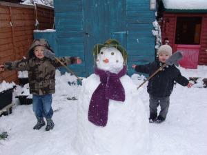 Aussie snowman